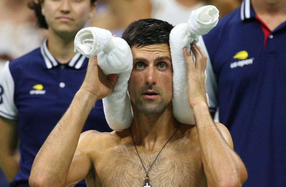 """Djokovic: US Openi peaväljaku """"saunaga"""" tuleb midagi ette võtta!"""
