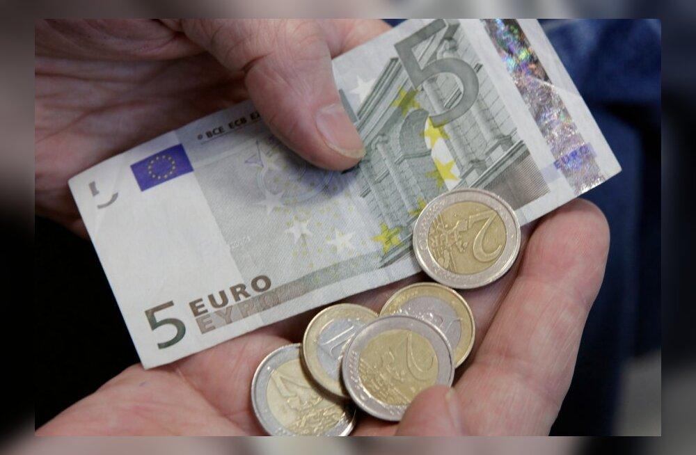 Eesti inimesed suudavad järjest enam säästa.