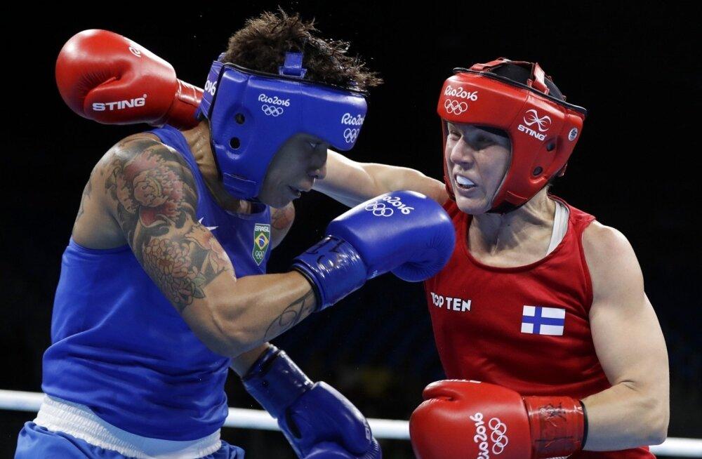 Poksija Mira Potkonen (paremal) tõi Rio de Janeiro olümpial Soomele ainsa medali, pronksi.