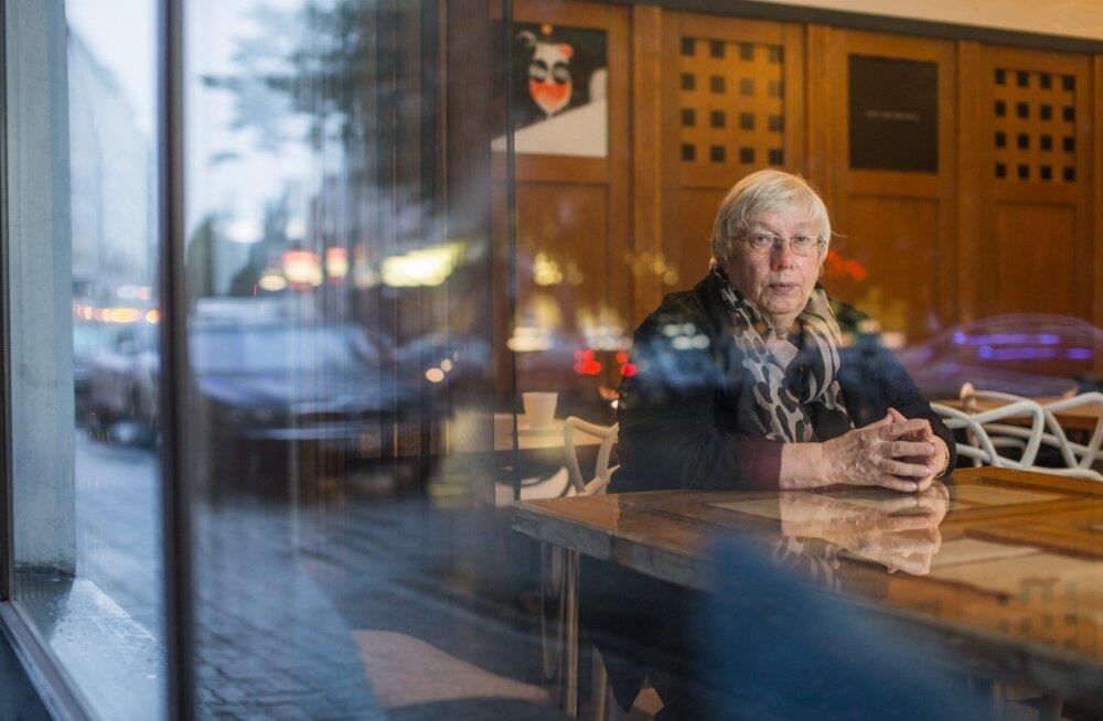 Marju Lauristin ütleb, et eesti ja vene kogukondi saaks lähendada näiteks koolide vahel võistlusi korraldades.