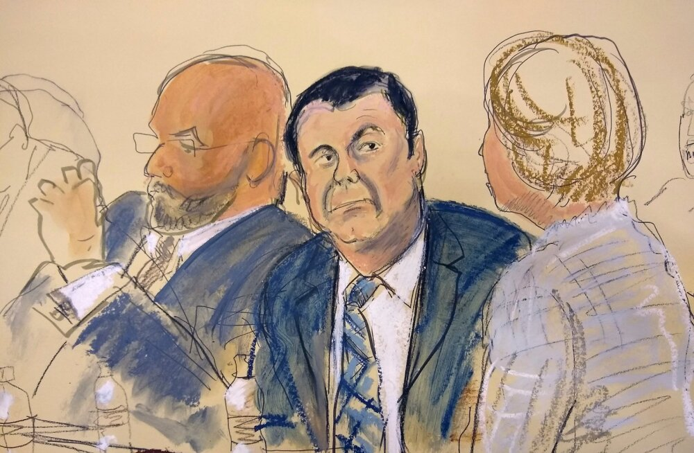 Kunstniku sketš kohtuistungist, Joaquín Guzmán istub keskel.