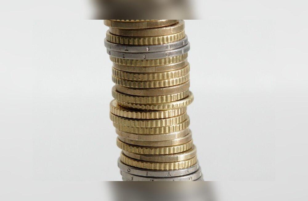 VERSUS | Kas II pensionisammas võiks kaduda?