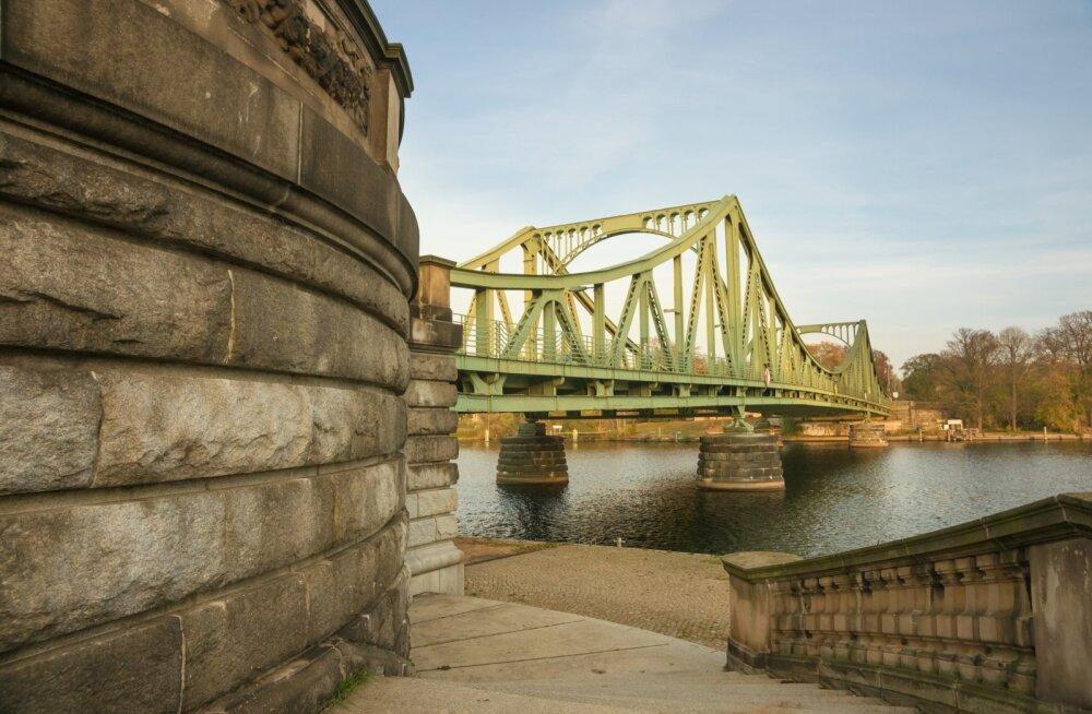 Külma sõja staarid kohtusid ikka sillal