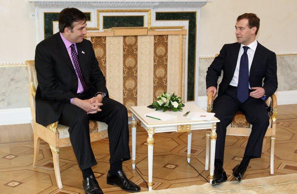 Medvedev: sõja Gruusiaga kutsus esile Saakašvili amoraalne ja kuritegelik käitumine