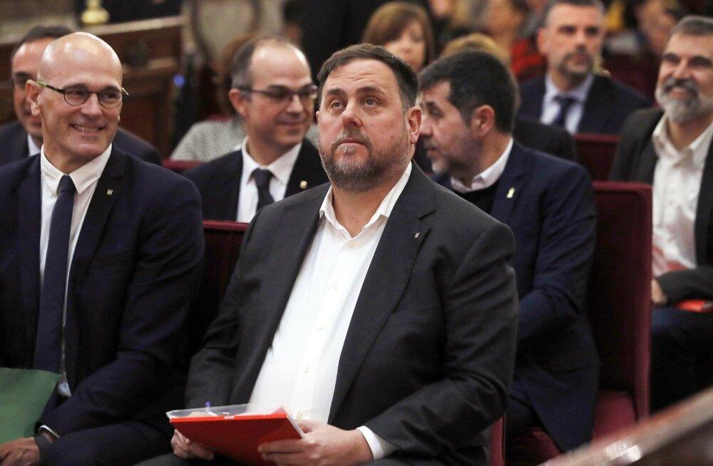 Madridis algas kohtuprotsess Kataloonia iseiseisvaks kuulutanud juhtide üle