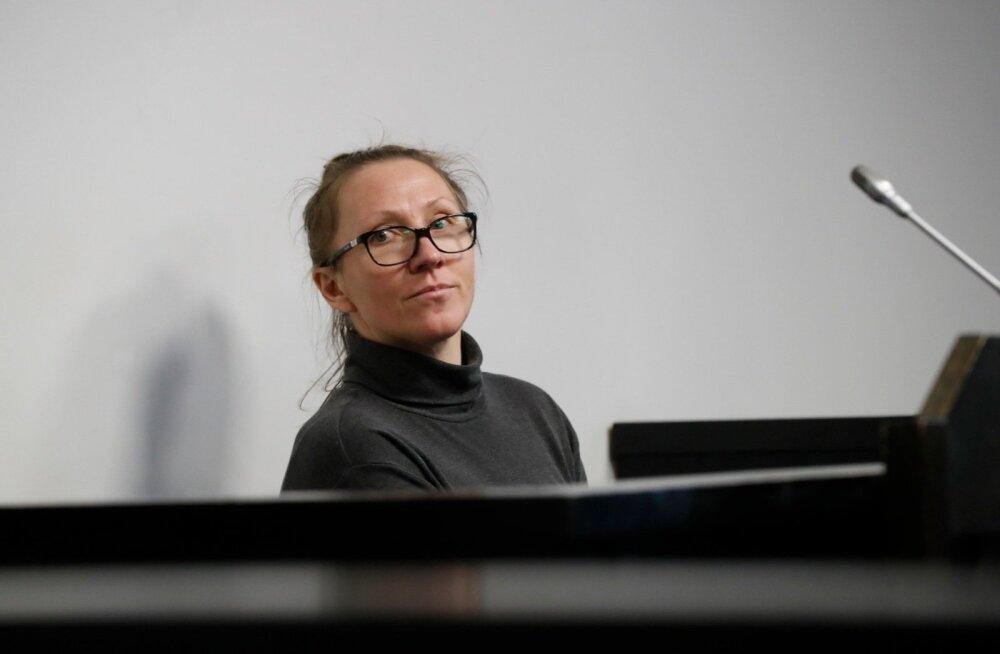 ФОТО: Известная мошенница Лийз Хаавел вновь признана виновной, но уже завтра выйдет на свободу