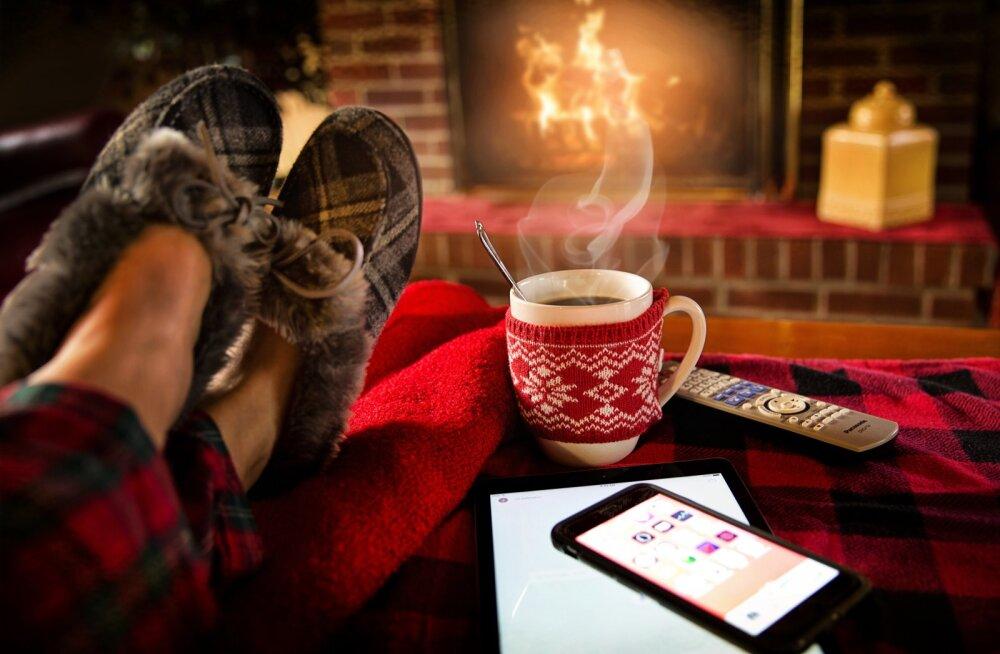 14 уютных семейных фильмов для зимнего вечера