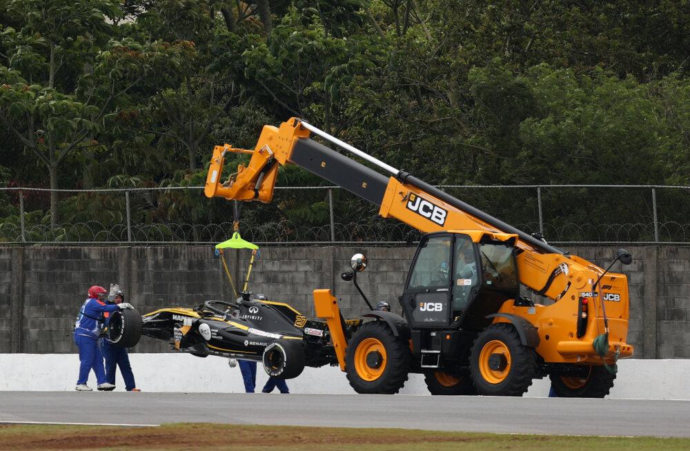 VIDEO   Vettel pidas inseneriga maha lõbusa raadiovestluse, Hülkenberg tegi avarii