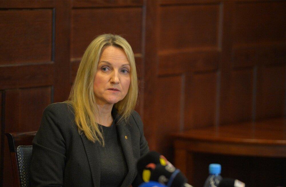 """""""Võõrriigi eriteenistuse agendina Eesti Vabariigi vastu tegutsemine on kahtlemata raske kuritegu. Selgitame võimalikult kiiresti välja kõik olulised asjaolud,"""" ütles riigiprokurör Inna Ombler."""