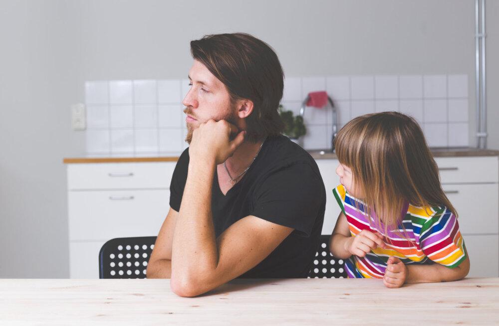 Lihtsad ja toimivad soovitused naistele, kes tahavad oma mehe lõpuks ometi kodutööde juurde suunata