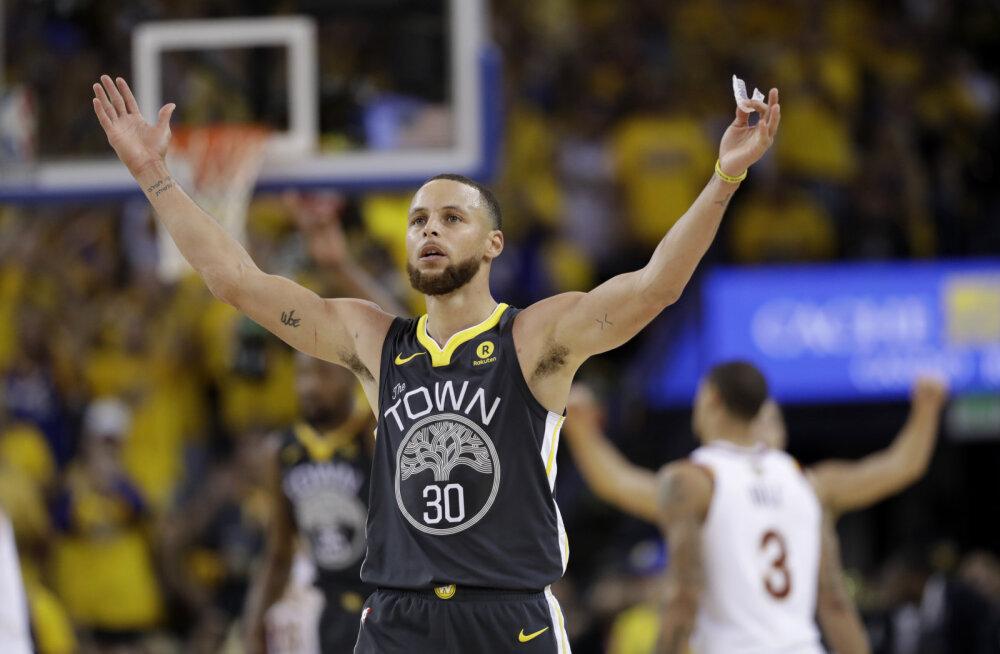 VIDEO | Curry püstitas NBA finaalide kolmesterekordi ja vedas Warriorsi juba teise võiduni