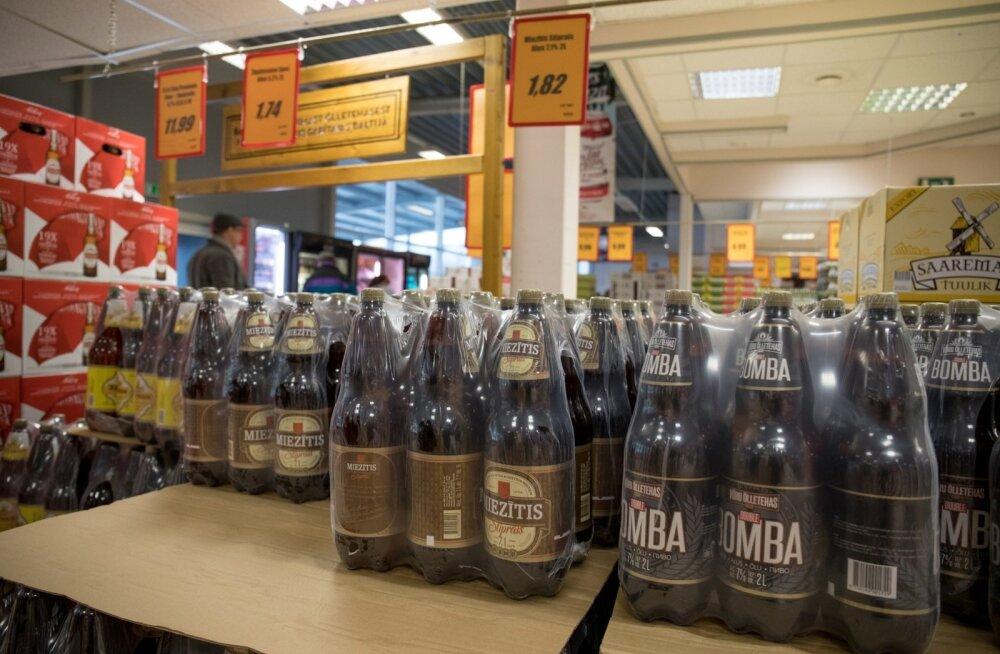Sellest nädalast ei müüda Lätis enam kaheliitristes plastpudelites õlut