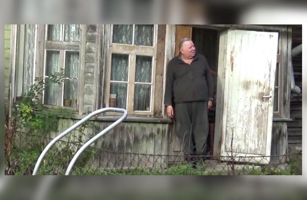 VIDEO   Metsas elav mees lõikus ennast 20 aastaga oksakääridega laia maailma