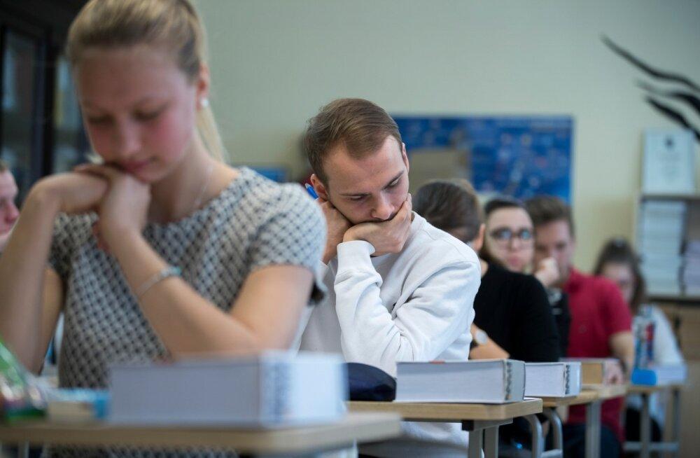 Eesti keele riigieksamil saadi keskmiselt 63 punkti. See on üsna sarnane viimase viie aasta tulemustega.