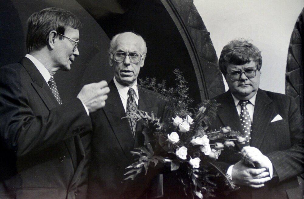 Tunne Kelam, Lennart Meri, Edgar Savisaar 1992. a