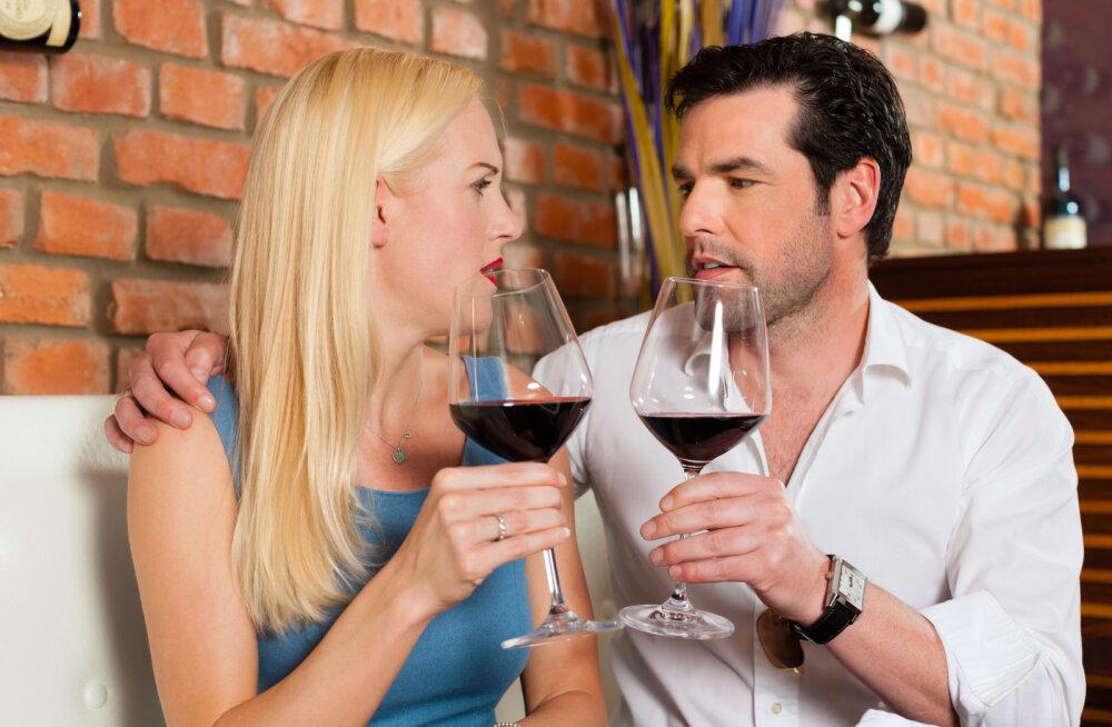 Kümme valet, mida naised esimesel kohtingul räägivad