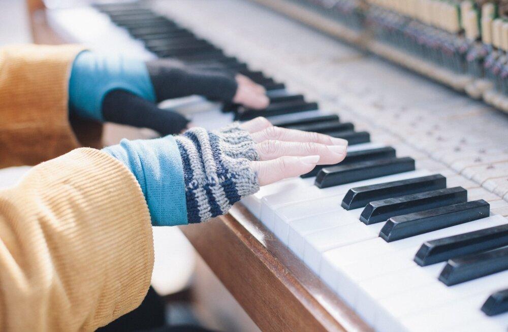 Kui käed külmetavad ka soojas