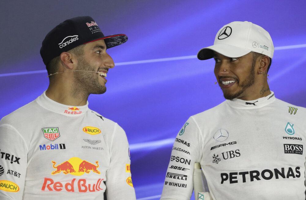 Daniel Ricciardo  ja Lewis Hamilton