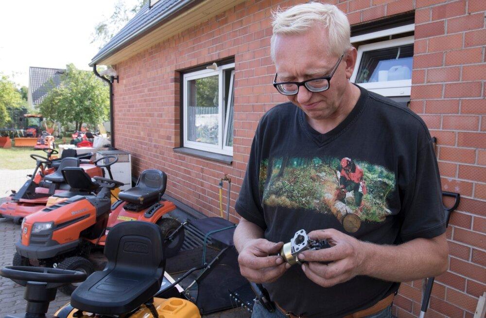 Et bensiini 95 kasutamisel karburaator otsi ei annaks, soovitab Jaanus Luik lasta mootoril töötada, kuni paak tilgatumalt tühi.