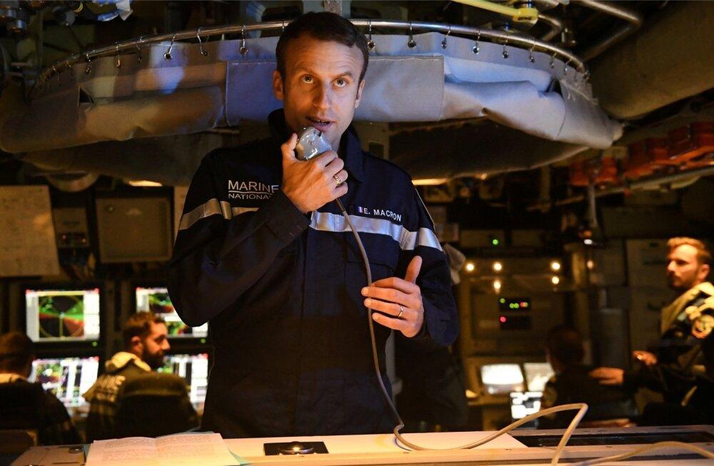 President Macron juulis allveelaeva Le Terrible pardal