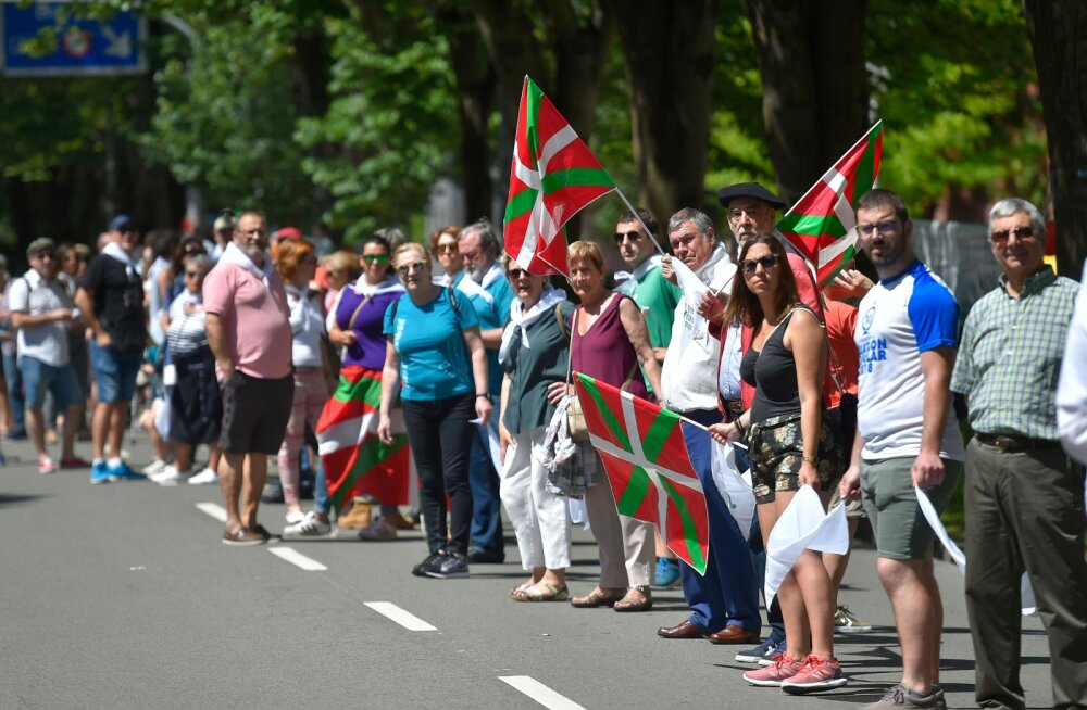 Baltimaade eeskuju: 175 000 inimest kogunes iseseisvuse toetuseks Baski ketti