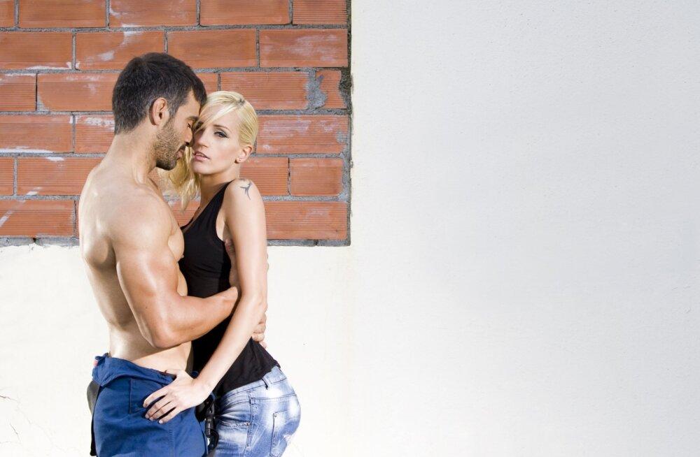 Даже секс с неприятным мужчиной продлевает женщине молодость