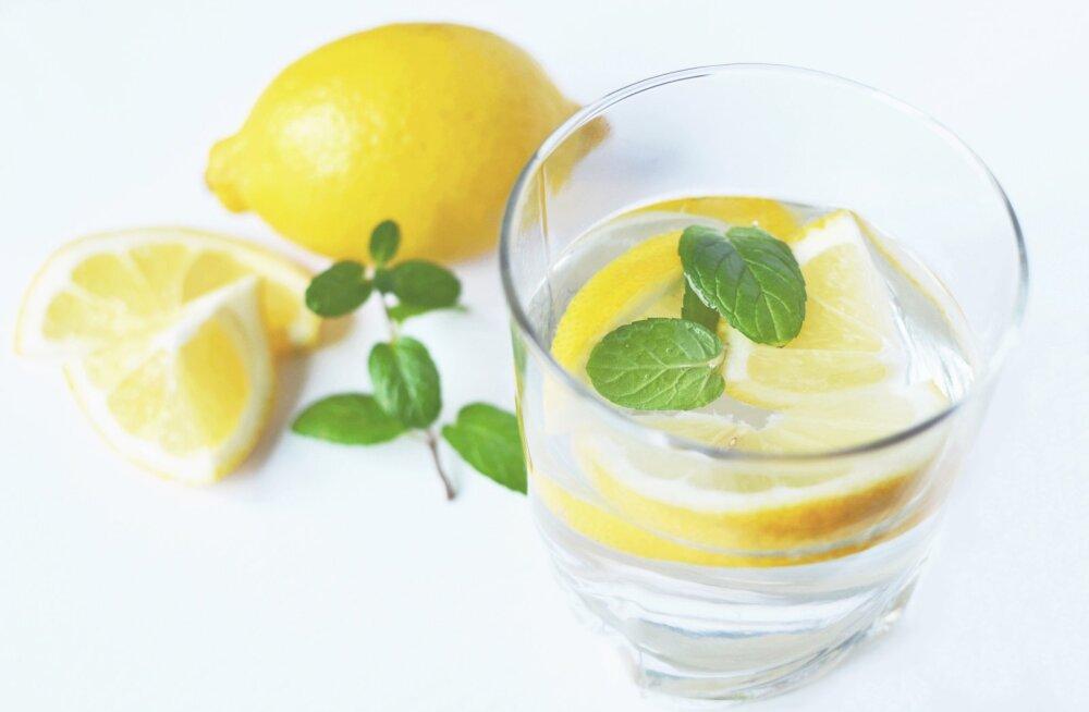 Kas ainevahetus kiireneb, kui juua sidrunivett?