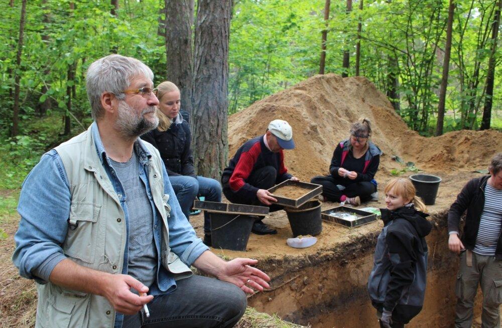 Arheoloogilised kaevamised, Narva-Jõesuu