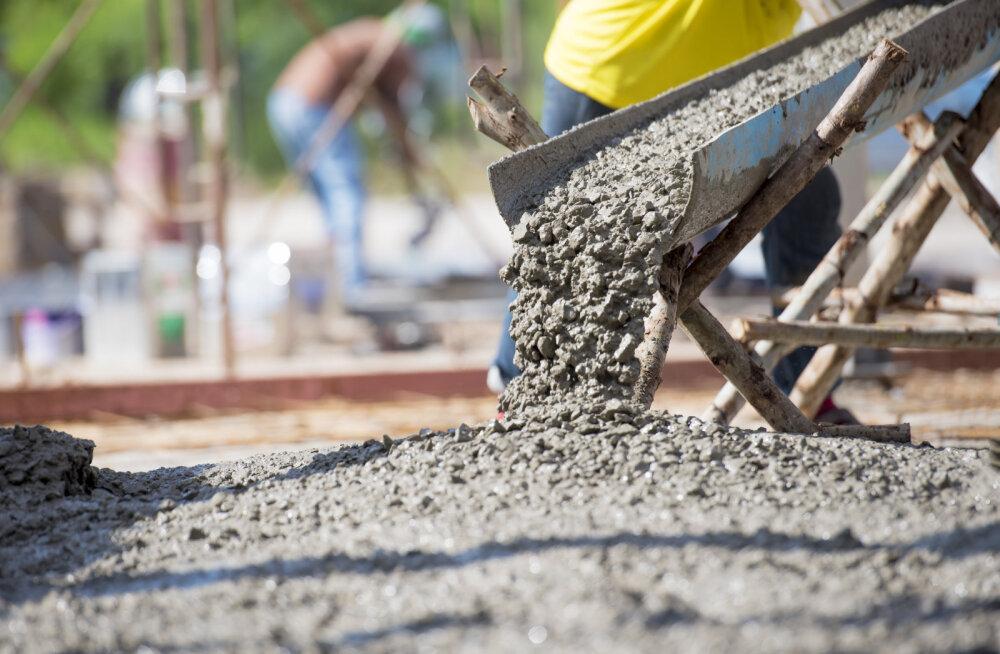 Betooniühingu preemia võitnud üliõpilastööd uurivad tsemendi ja betooni omadusi