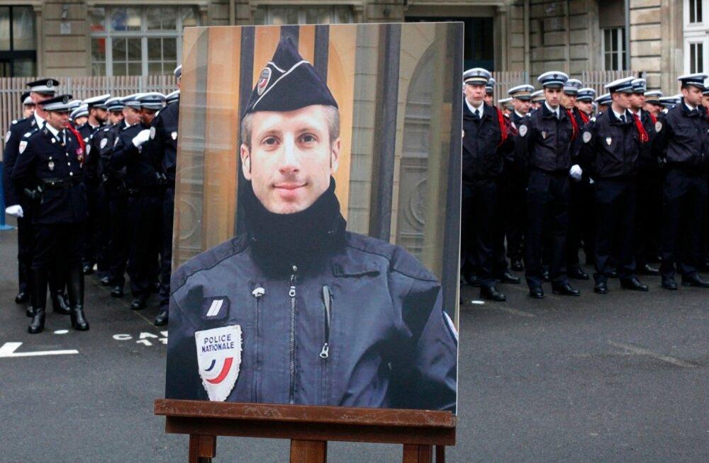 Pariisis islamiäärmuslase poolt tapetud politseiniku elukaaslane abiellus temaga postuumselt