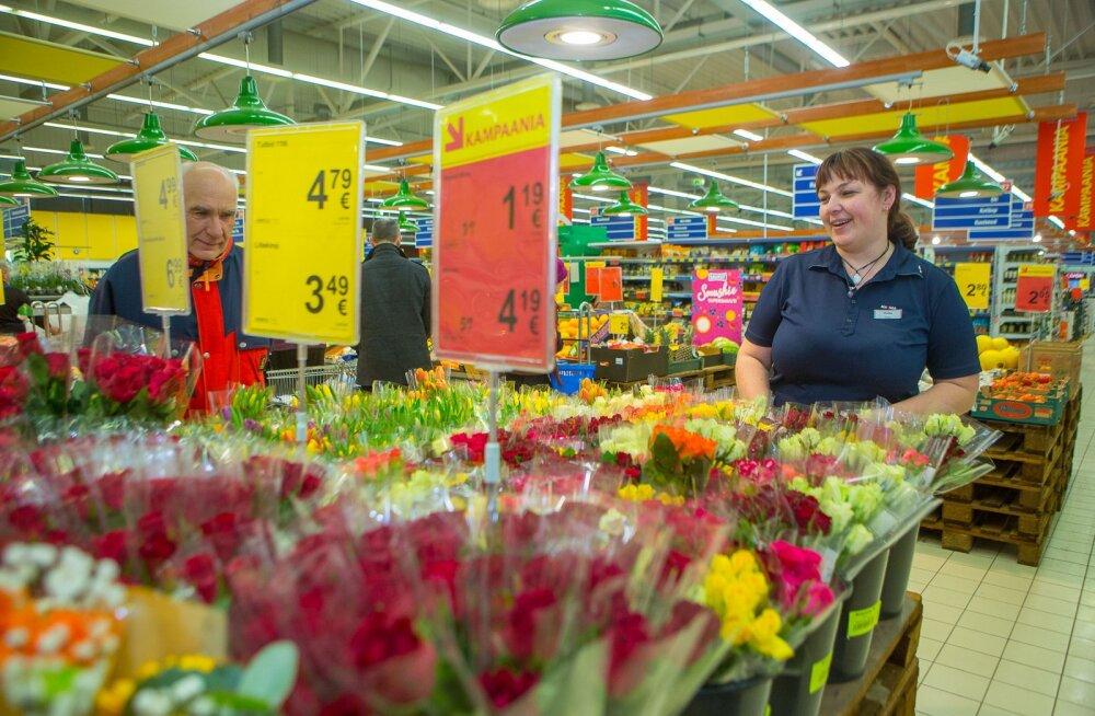 MEIE MAA   Lilleärid müüvad korraga maha kogu nädala kauba