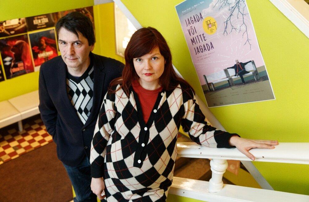Dokumentalistid Minna Hint ja Meelis Muhu toovad vaatajani mõtteharjutuse, kas kapitalistlikult raharattalt saab ka Eestis maha astuda.