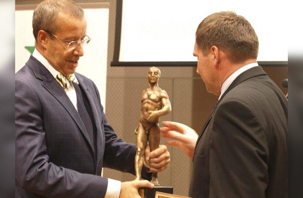 President Ilves: edukas põllumees kuulub Eestis ohustatud liikide hulka