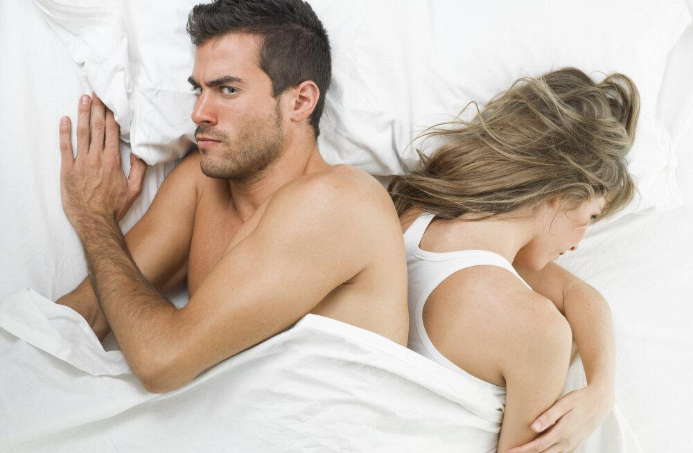 Süüdlane on leitud: see on põhjus, miks enamus inimesi kaotab suhtes olles seksiisu