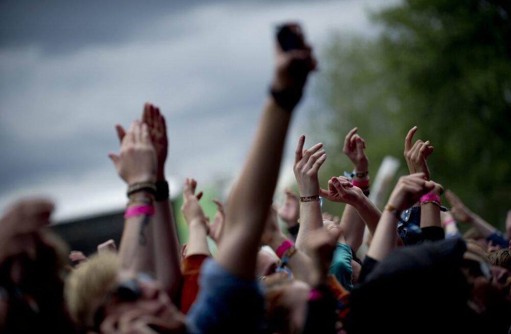 89 ohvrit nõudnud tulistamine Pariisi kontserdipaigas toimus Eagles of Death Metal kontserdi ajal
