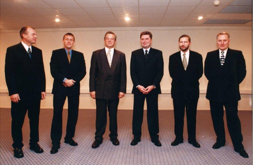 Fotol vasakult: Jüri Mõis, Hannes Tamjärv, Tõnu Laak, Toomas Sildmäe, Heldur Meerits ja Rein Kaarepere 1997. aasta oktoobris