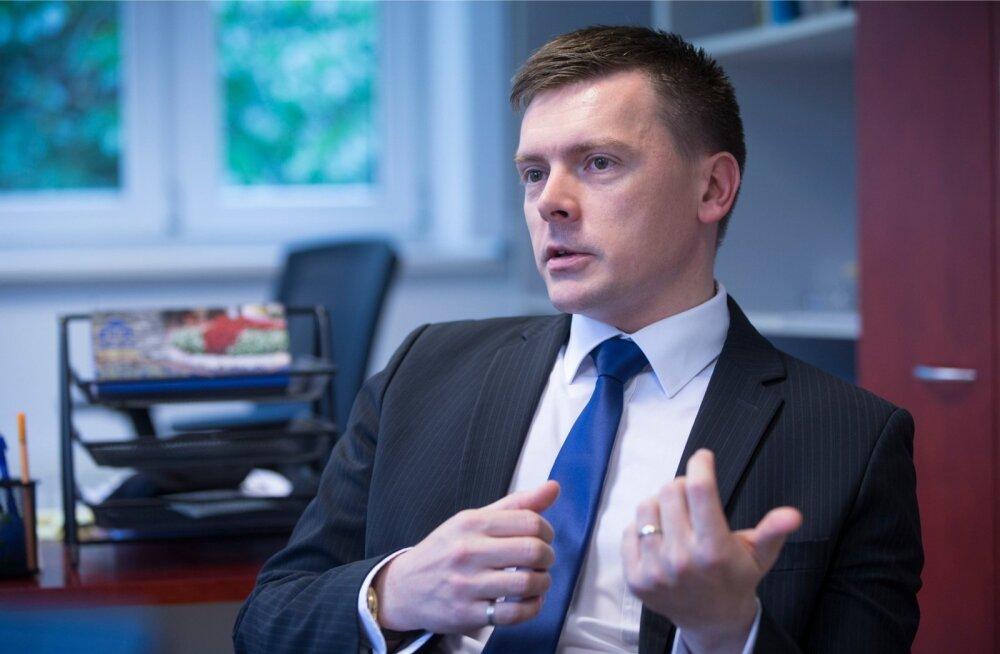 Rahandusministeeriumi asekantsleril Dmitri Jegorovil on lai silmaring ja kui ta midagi avalikult ütleb, on enne teemas põhjalikult kümmelnud.