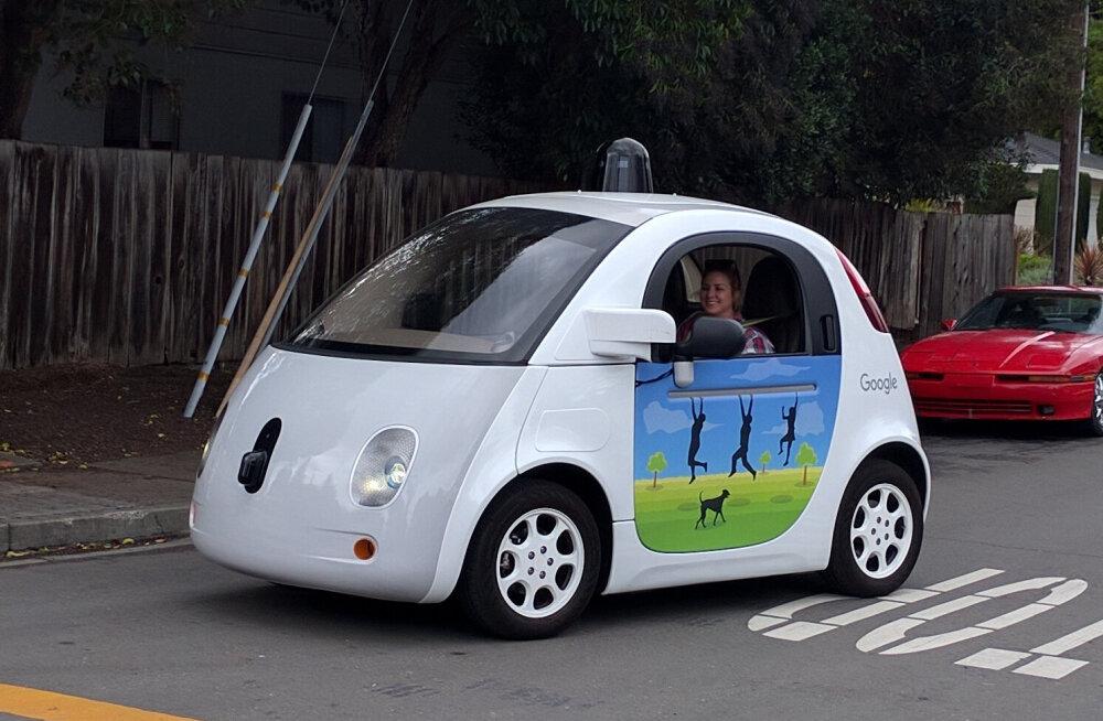Igast isejuhtivast autost on palju kasu liikluse vähendamisel
