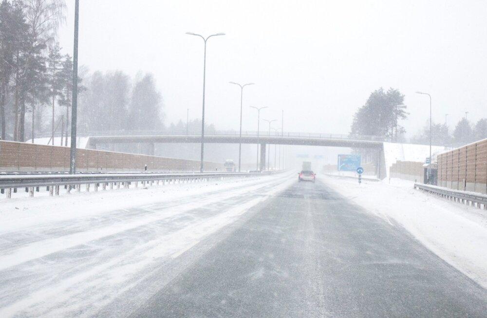 Teed on kuivad; loe ka tänaste liikluspiirangute kohta