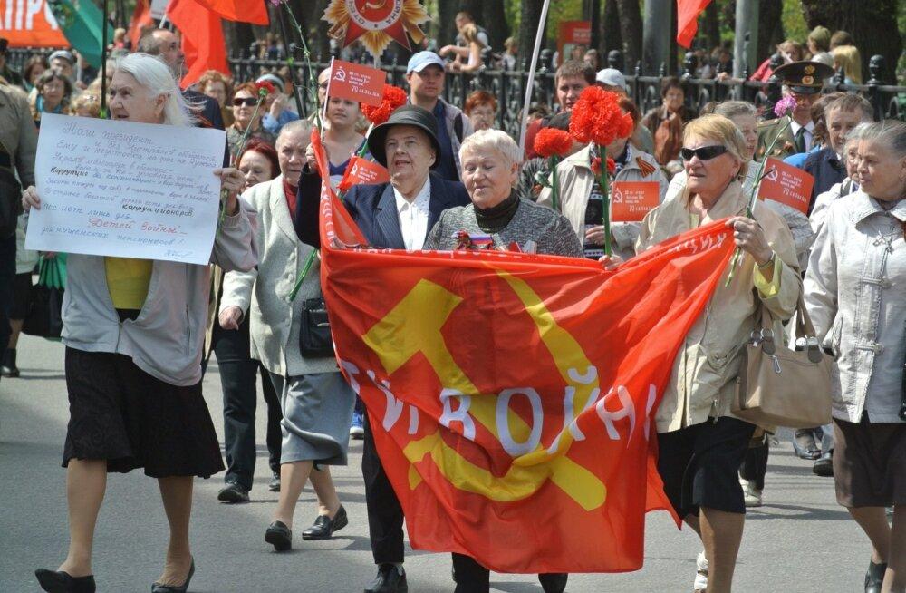 Võiduparaadist kujunes moskvalastele suur perepüha
