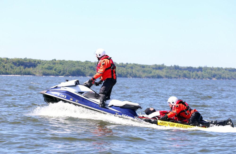 Спасательный департамент впервые начал использовать спасательные гидроциклы