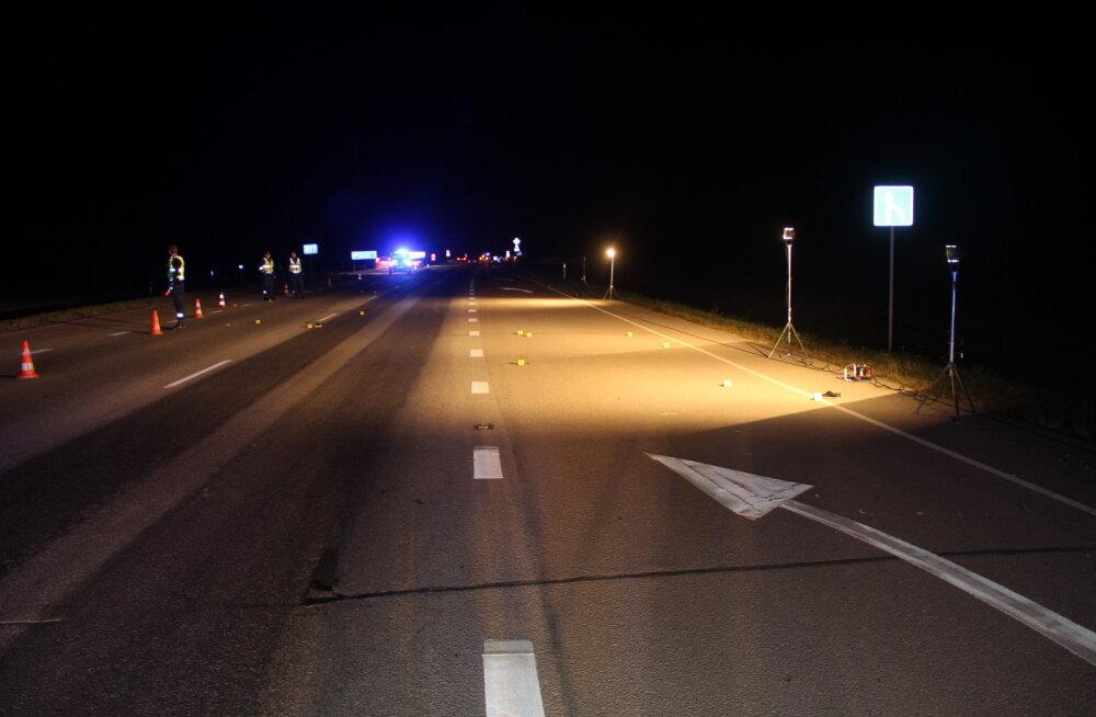 Julm surm ja enneolematu hoolimatus Tallinna-Narva maanteel. Auto alla jäänud naisest sõideti veel kaks korda üle