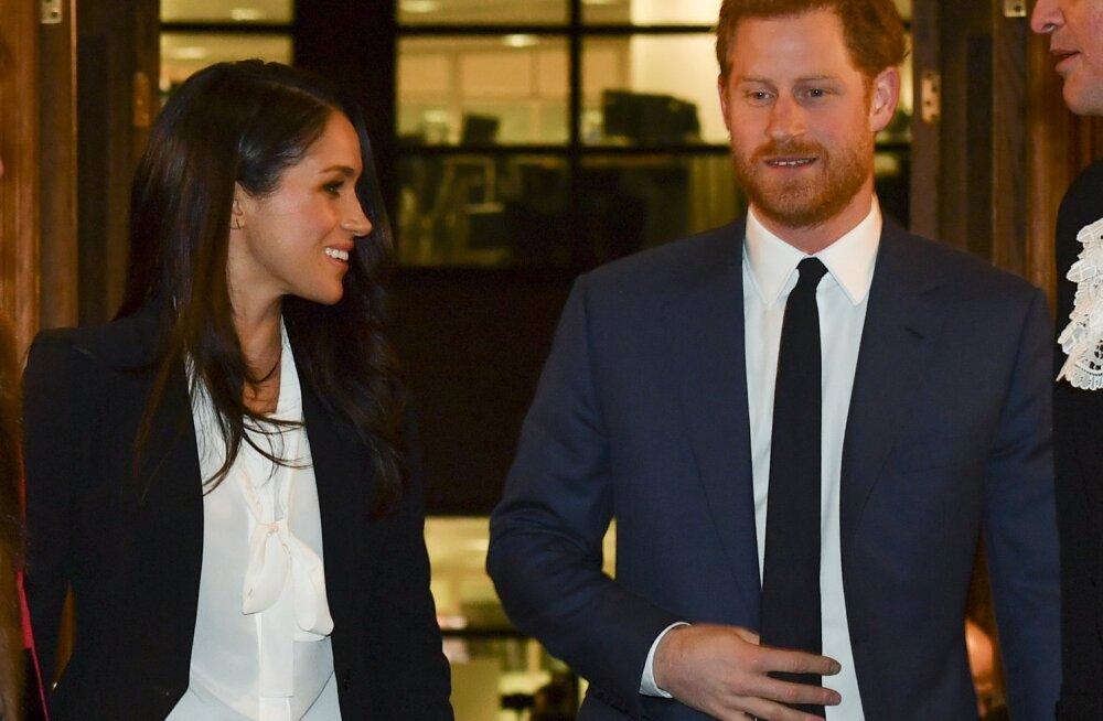 Prints Harry ja Meghan Markle üllatasid pidulikul üritusel sarnase riietusega