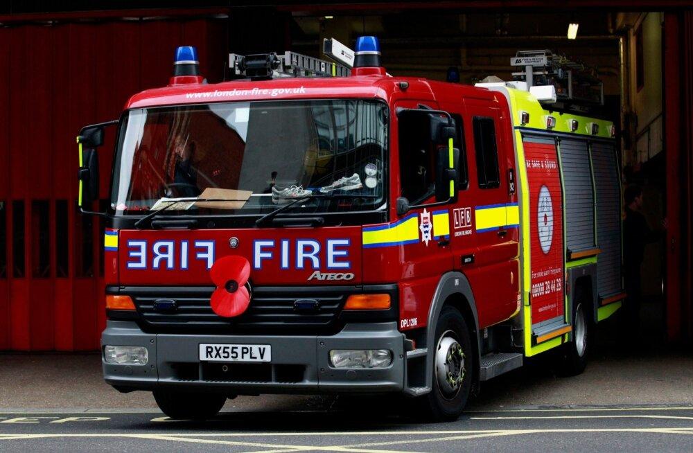 Inglismaal Staffordis hukkus tulekahjus neli last