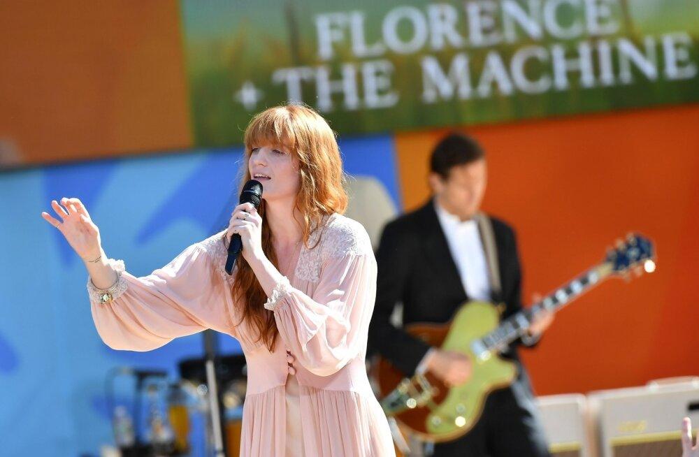 Florence Welch on introvertne, ent särav laulja.