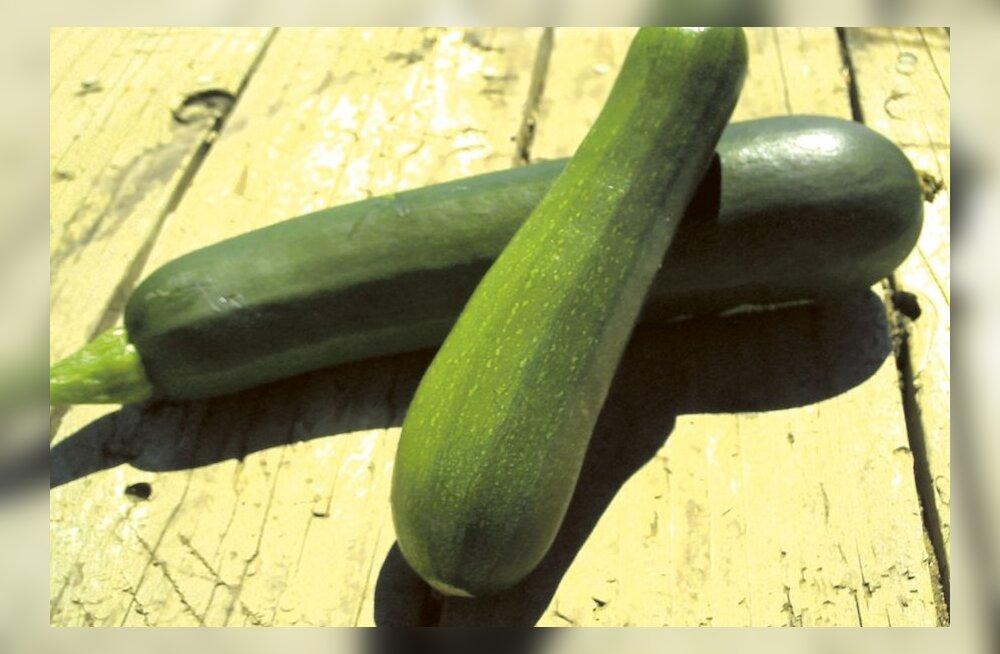 Suvikõrvits on selle suve hitt: veel kuus RETSEPTI selle maitsva viljaga