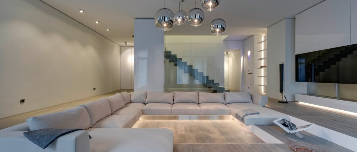 311 ruutmeetrit luksuslikku minimalismi moodne kodu. Black Bedroom Furniture Sets. Home Design Ideas