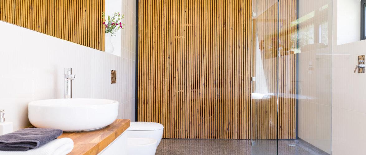 Puit vannitoas — kas tõesti sama turvaline kui plaatimine?