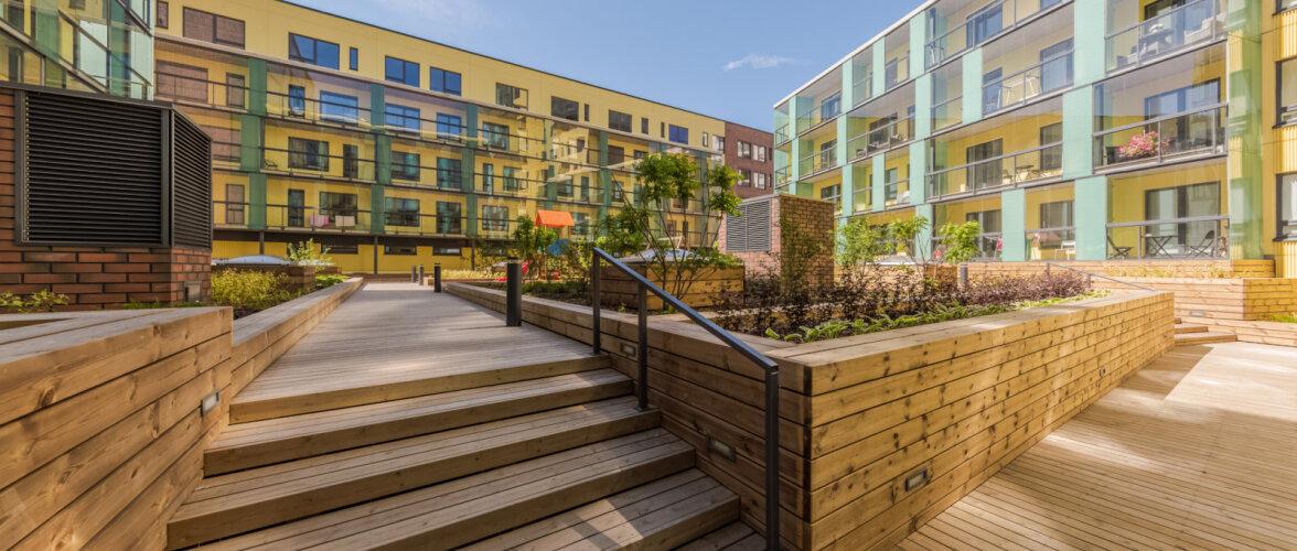 Viiest eluhoonest koosnev Tartu mnt 52 elamukvartal on valmis