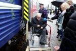 DELFI FOTOD ja VIDEO: Salamisi Moskvas arsti juures käinud Savisaar jõudis Tallinna tagasi